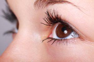 Коррекция зрения лечебными линзами